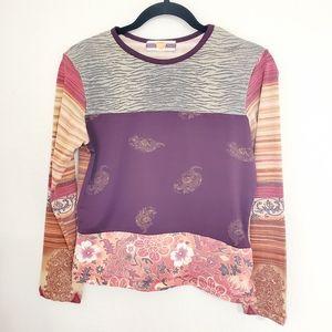 Weavers• Long sleeves• mixed art graphics•sz.Lg
